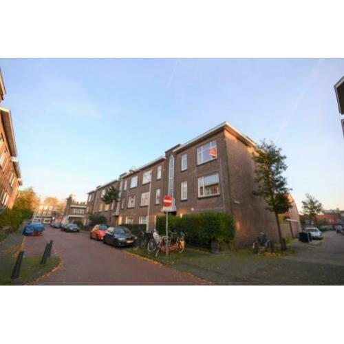 Per direct in DH: mooi licht 3-KAMER APPARTEMENT €1099,-pm